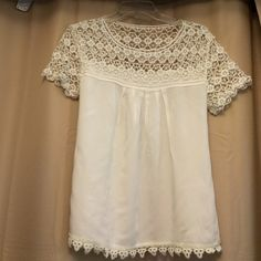 lace top off white /elegant look off white top with lace sleeves!! Forever 21 Tops Blouses