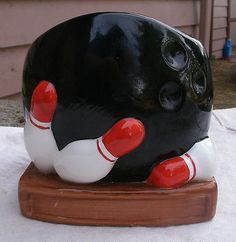 #Vintage #bowling ball & pins planter,ceramic,1980s,hand #painted,black,white-spo,  View more on the LINK: 	http://www.zeppy.io/product/gb/2/401085262776/