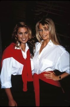 Cindy Crawford and Claudia Schiffer 1992 Heath Ledger Hayley Atwell: Celebs La Verne & Shirley Penny Marshall Cindy Williams Lander Mckean Mekka Foster PhotoLenny Immagine di backstreet boys 50 Fashion Movies Claudia Schiffer, Chanel Cruise, Poppy Delevingne, Christy Turlington, Linda Evangelista, Elle Magazine, Jessica Alba, Cindy Crawford Young, Madonna Hair