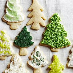 Easy & Simple Christmas Cookie Recipes - Sugar Christmas Trees - Click Pin for 20 Cute Christmas Dessert Ideas