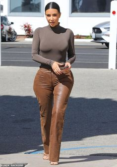 Men's denim shirts & blouses Kim Kardashian Wearing Leather Pants in Malibu, CA Callen denim shirt, dark blue StrellsonStrellson , Kim Kardashian Bikini, Look Kim Kardashian, Kim Kardashian Wedding, Estilo Kardashian, Kardashian Nails, Kardashian Kollection, Look Fashion, Fashion Models, Fashion Outfits