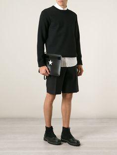 #givenchy #clutch #bags #star #print #black #fashion #style www.jofre.eu