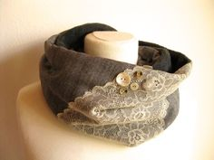 Rundschal/Loop Vintage Lace von trollkind-design auf DaWanda.com