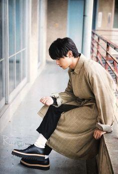 吉沢亮 Asian Boys, Asian Men, Asian Actors, Korean Actors, Okada Masaki, Taishi Nakagawa, Ryo Yoshizawa, Japanese Boy, Male Photography