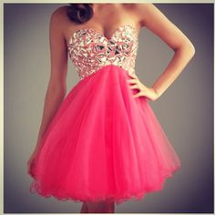 Pink, sparkly dress. #prom