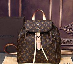 2020 New Collection For Louis Vuitton Handbags, LV Bags to Have. Gucci Handbags, Louis Vuitton Handbags, Tote Handbags, Purses And Handbags, Louis Vuitton Monogram, Louis Vuitton Rucksack, Louis Vuitton Taschen, Louis Vuitton Diaper Bag, Vuitton Bag
