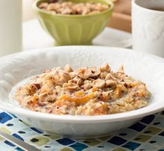 Recipe: Slow Cooker Oatmeal with Honey & Fruit — Breakfast Recipes from The Kitchn | The Kitchn