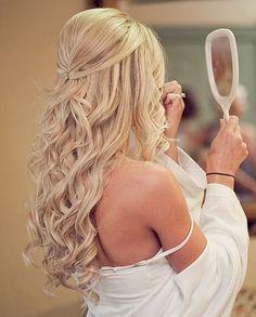 félig leengedett esküvői frizurák - félig feltűzött menyasszonyi frizura