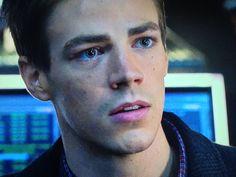 Watch: Arrow - Recap: Introducing Barry Allen a.k.a. The Flash a.k.a. The Best