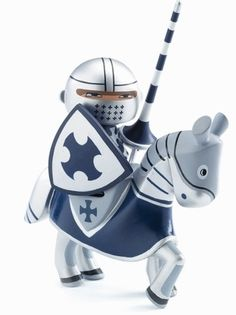 Amazon.com: Djeco Toys Knight Arthur: Toys & Games