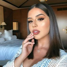 glam makeup – Hair and beauty tips, tricks and tutorials Prom Makeup, Cute Makeup, Pretty Makeup, Makeup Looks, Makeup 2018, Makeup Set, Beauty Make-up, Hair Beauty, Medium Hair Styles