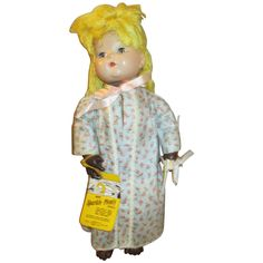 1947 Sparkle Plenty Doll in original outfit with hang tag