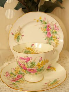 Exquisite Vtg Adderley Bone China Trio Tea Set TeaCup Floral Pattern Shabby Chic