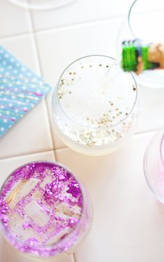 A Subtle Revelry | glitter ice cubes • A Subtle Revelry