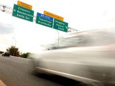 DER - Após Justiça suspender multas por farol desligado, GDF sinaliza rodovias  724-22 +http://brml.co/2cQKve4