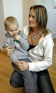 Artikkel fra 2005 om en mor i Akershus som kjemper for et godt tilbud til sønnen med autisme.