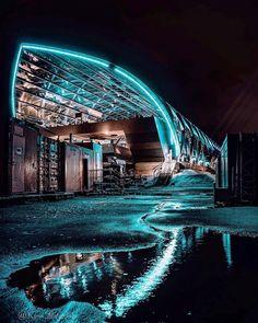 Mizan - Welcome my homepage Reflection Photography, Bw Photography, U Bahn Station, Hamburg Germany, Hamburg City, Amsterdam Travel, Dream City, Sydney Harbour Bridge, Germany Travel