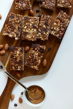6 ingredient chocolate chip almond butter granola bars