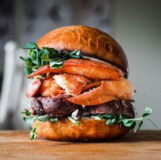 With summer winding down I just had to share one of this season's best treats - a perfectly grilled burger. There are so many ways to enjoy your patty on a bun - here are our top 10 favorites for your inspiration.