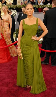 Jennifer Lopez in vintage by Rita Watnick at Lilly et Cie Material - 2006, oscars, The Best Oscar Dresses Ever, red carpet,