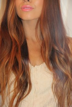 spring lips and loose waves
