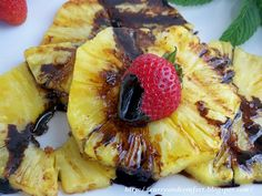 Curry and Comfort: Grilled Pineapple with Balsamic Drizzle