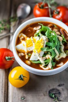 tasse d'amour: Tomato Onion Soup with Baby Arugula, Eggs and Horseradish Dressing