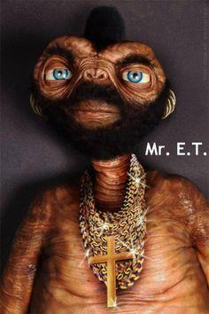 Bizarre & Weird Photo: Mr. E. T. Yeah.