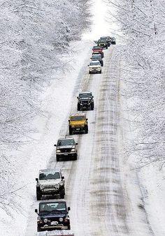 """Jeep mafia is rollin out. Cj Jeep, Jeep Wrangler Tj, Jeep Wrangler Unlimited, Jeep Truck, Hummer, Jeep Carros, Jeep Trails, Pajero Sport, Offroader"
