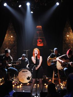 See Paramore pictures, photo shoots, and listen online to the latest music. Paramore Hayley Williams, Mayday Parade Lyrics, Music Jokes, Music Studio Room, Mtv Unplugged, Halestorm, Pop Punk, Music Bands, Live Music