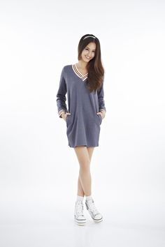 STAR dress [2PPPS14008]  Made from 300-gram cotton, feel the comfort and softness of this STAR dress while you go about town during the day and night.