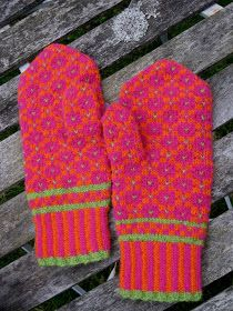 Dottelot: Udenfor sæsonen The Effective Pictures We Offer You About handschuhe sitricken drops A qua Wrist Warmers, Hand Warmers, Crochet Mittens, Knit Crochet, Owl Hat, Textiles, Knitting Accessories, Drops Design, Keep Warm