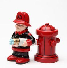 FIREMAN & HYDRANT COMBAT SALT PEPPER SHAKERS MAGNETIC | eBay