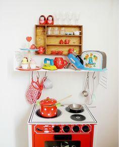 love this mini-kitchen set up