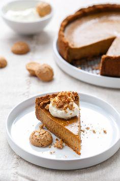 Amaretti Pumpkin Pie, a new twist on a #Thanksgiving classic. If you love almond flavor you'll LOVE this pie!