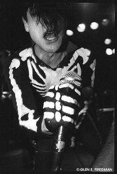The REAL Misfits ended in 1983. Glen was the Misfits. He wrote all those great original songs. He taught Jerry Only how to play bass even originally. Jerry Only's MisSHITS are fuckin terrible. He ought to hang it up. It's over Johnny. It's over.