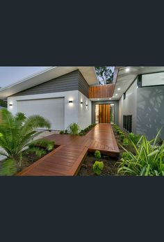 Home Renovation Outdoor 19 Leonard Street, Kewarra Beach, Qld 4879 - Property Details - House Paint Exterior, Exterior House Colors, Exterior Design, House Cladding, Facade House, House Facades, House Front, My House, Casa Retro