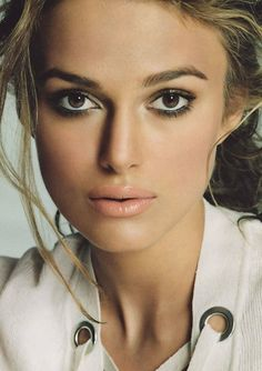 brown eyeshadow #Kiera Knightley. me everyday haha