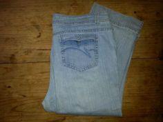 Size 18W Gloria Vanderbilt Denim Relaxed Fit Women's Jeans. $4.99. http://www.ebay.com/itm/Size-18W-Gloria-Vanderbilt-Denim-Relaxed-Fit-Womens-Jeans-/281351171913