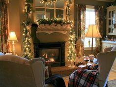 Christmas Decorating | Mantel Christmas Decoration Ideas