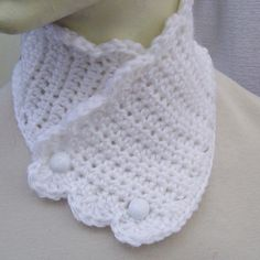 Crocheted Neck Warmer Winter White Scallop by JadeRoseBoutique, $15.00