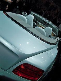 Bentley Continental GTC / 80% OFF on Private Jet Flight! www.flightpooling.com #cars #luxury