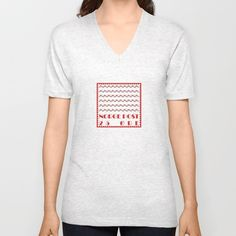 American Apparel Fine Jersey V-Necks are made with 100% fine jersey cotton combed for softness and comfort.