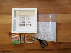 Terrific Absolutely Free [Plotter-Anleitung] Glue photo frames with star dream foil ♥ Ideas An Ikea youngsters' room continues to fascinate the little ones, since they are provided a great Cadre Photo Diy, 3d Picture Frame, Diy Gifts, Best Gifts, Licht Box, Corridor Design, Stick Photo, 3d Pictures, Christmas Pictures