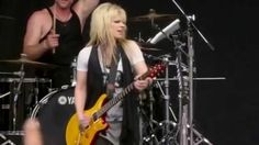 Orianthi - Voodoo Child<3 She made my brain spin, approaching the intense rush I experienced   when the original vinyl was marketed and I found it's cover standing beside my amplifier and my Garrard turning at 33&1/3 rpm. Sunshine and Christmas Tree 4VR.