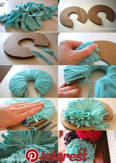 39 Ideas crochet rug carpet pom poms for 2019 Yarn Flowers, Crochet Flowers, Diy Flowers, Paper Flowers, Diy Craft Projects, Diy Home Crafts, Crafts For Kids, Pom Pom Crafts, Yarn Crafts