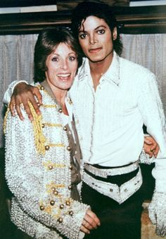 MJ and actress Julie Andrews backstage during the 1984 Jacksons Victory Tour