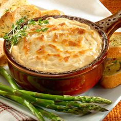 Hot French Onion Dip: Make this treat even more festive by serving it in a traditional crock. #party #dip