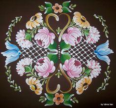 Tole Painting, Fabric Painting, Painting On Wood, Folk Art Flowers, Flower Art, Painted Books, Hand Painted, Norwegian Rosemaling, Russian Folk Art