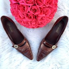 Brighton pointy leather heels Pointy leather heels by Brighton. Great condition! Super comfortable! Brighton Shoes Heels